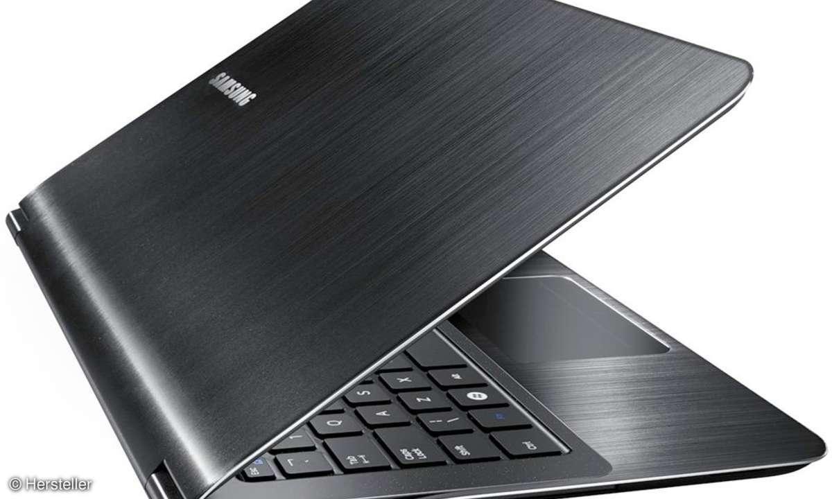 Auch wenn die physikalischen Daten das 900X als Leichtgewicht kennzeichnen, bietet das User Interface mit Display, Tastatur und Trackpad einigen Komfort.