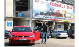 Alexandros Mitropoulos am VW Golf GTI Performance