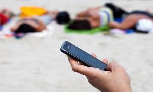 Mit dem Smartphone im Urlaub: Tipps und Tricks zur Urlaubsvorbereitung