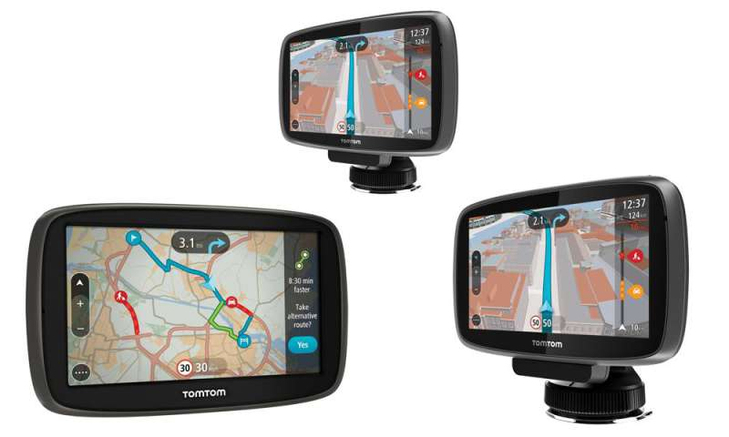 how to connect tomtom to car stereo