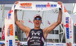 Extremsportler Andy Potts feiert Erfolge.