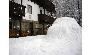 Mini Cooper im Schnee