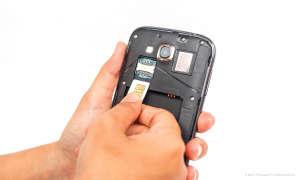 SIM-Karte einlegen