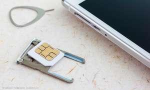 SIM-Kartenschacht öffnen