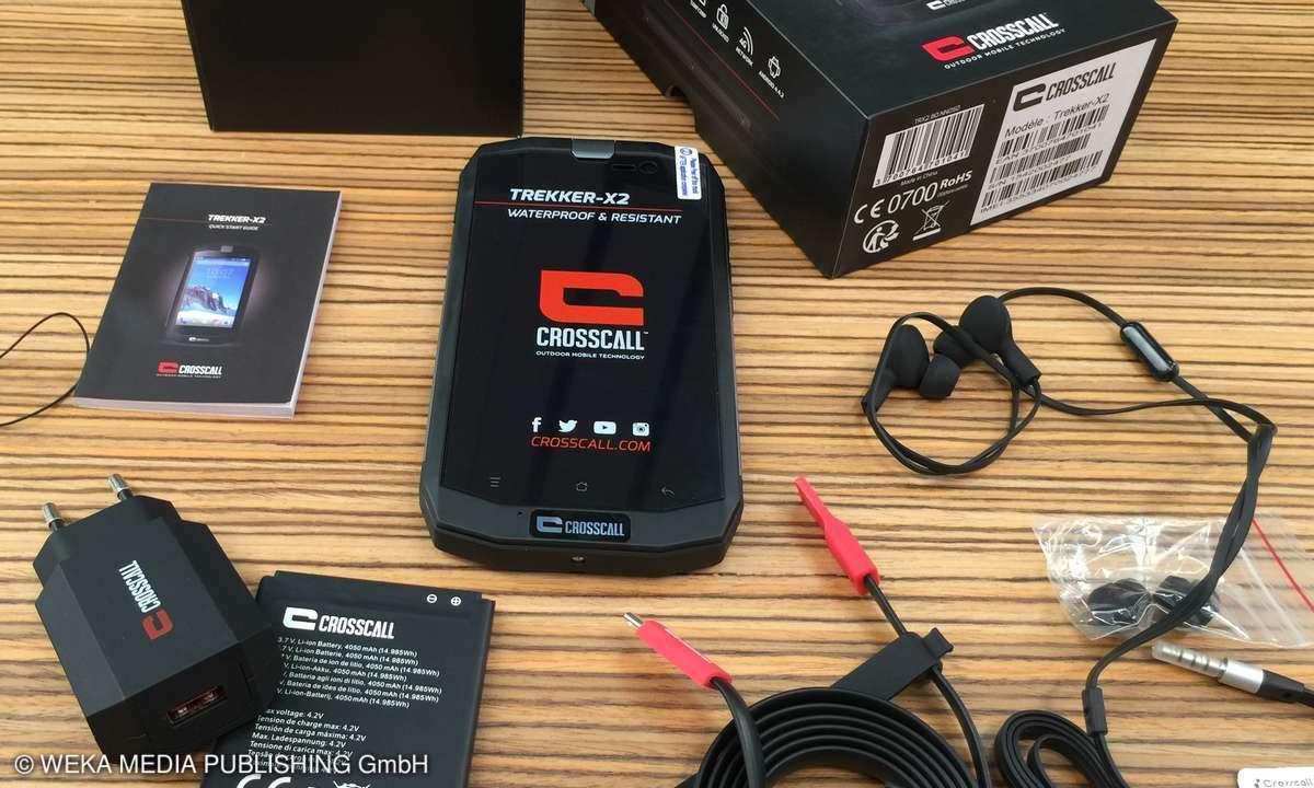 Unpacking Outdoor Smartphone Trekker X2
