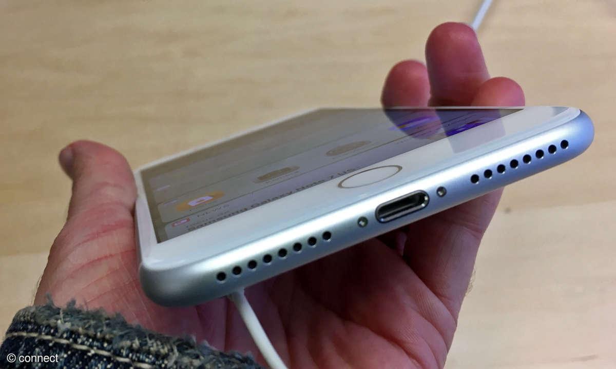 iPhone 7 Plus Unterseite