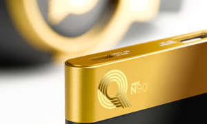 AKG N90Q Gold Detail Headphone with Powerbank
