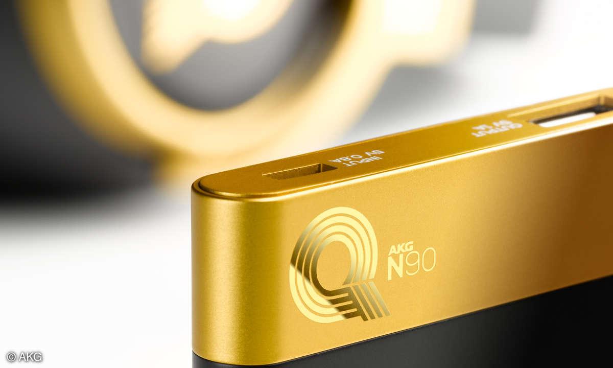 AKG N90Q Gold Detail Headphone with Powerbank