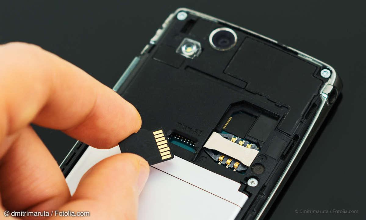 Smartphone mit microSD-Karte