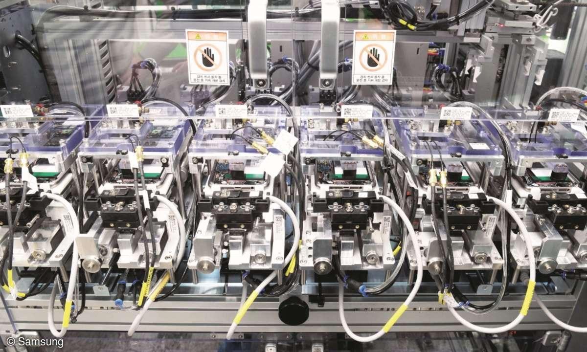 Spannende Sache Die Überwachung der Leerlaufspannung aller Akkus ist ein fester Teil des Produktionsprozesses.