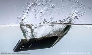 Smartphone reparieren ins Wasser gefallen