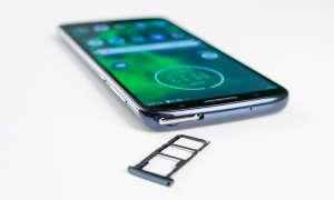 Motorola Moto G6 Dual-SIM SD-Karten Slot