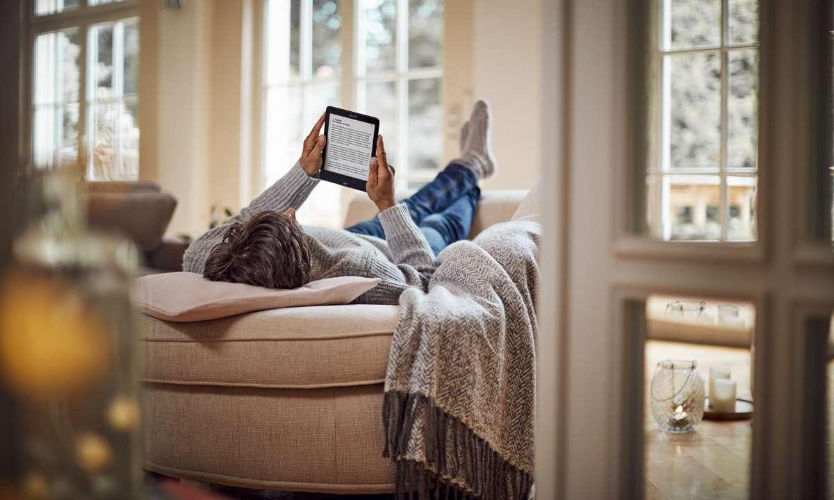 Lesen Mann Sofa Couch