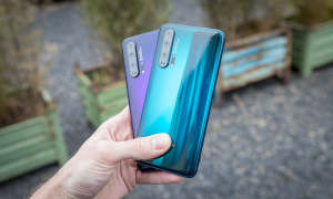 Honor 20 Pro Phantom Blue und Black