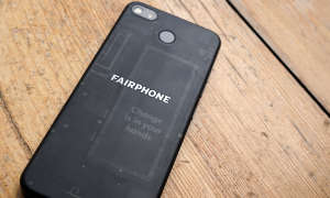 Fairphone 3 mit tansparenter Rückseite