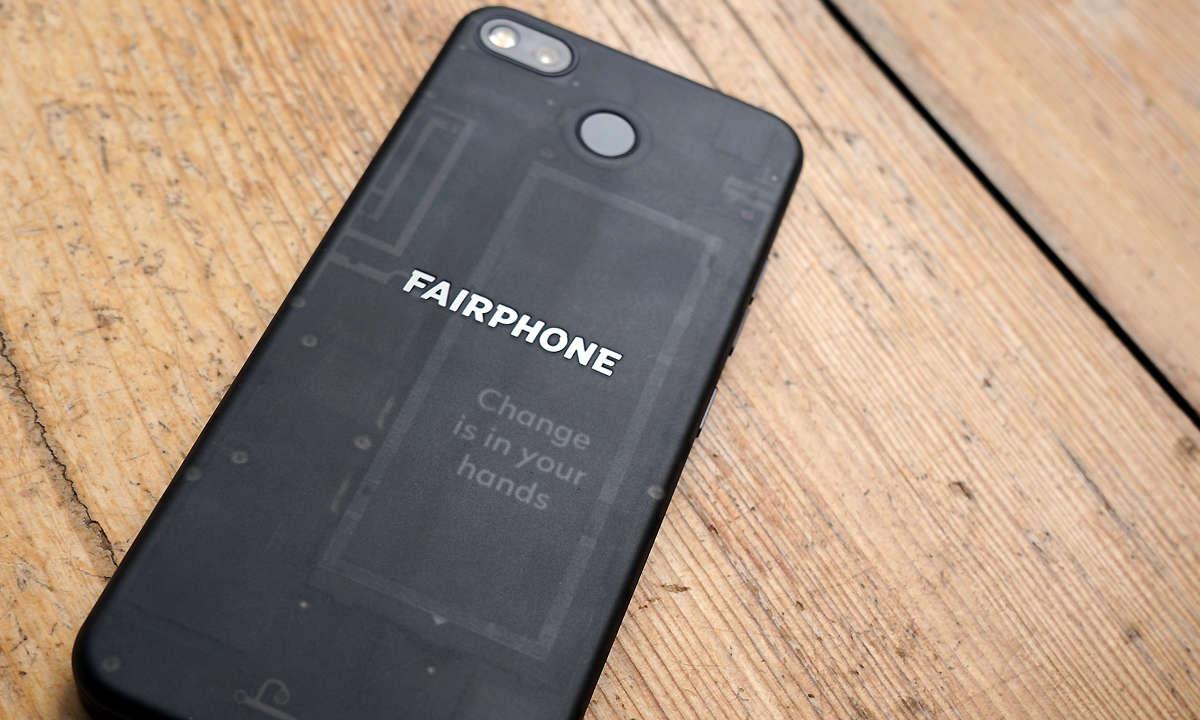 Fairphone 3 mit tansparenter Rückseite