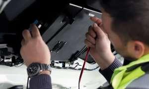 Heck- und Seitenscheiben der Fahrzeuge mit montierten Boxen