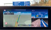 Mercedes EQC 400 4MATIC im Test: Navigation - Splitscreen
