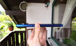Xiaomi Poco X3 NFC seitlich