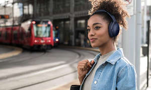 Bose-Quiet-Comfort35-II-Lifestyle