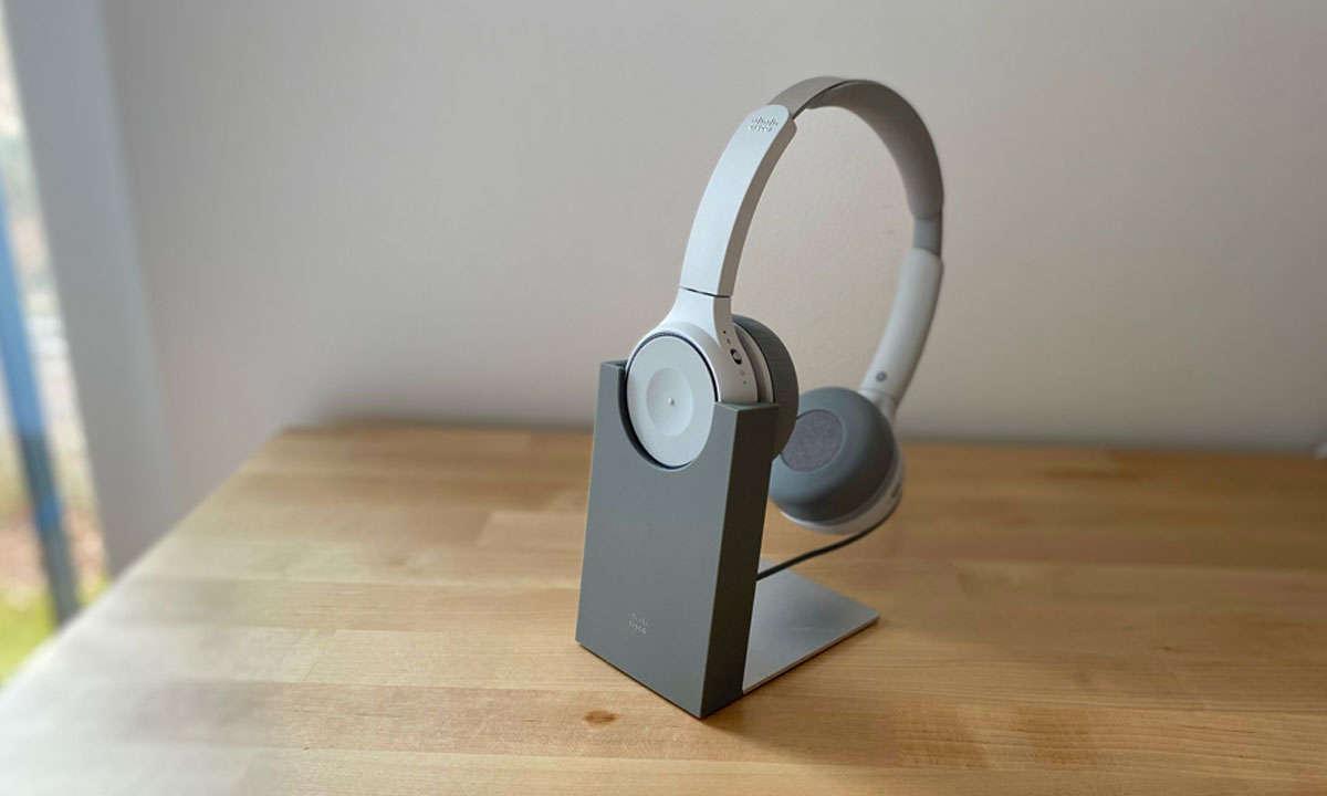Cisco-730-Stand