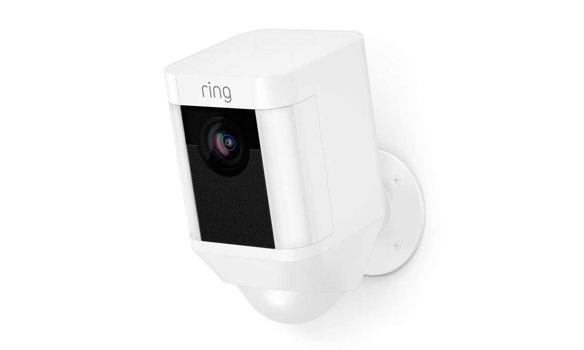 Ring Spotlight Cam Battery im Test