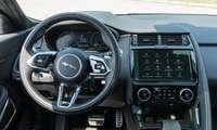 Connectivity Test hybride Mittelklasse 2021 Jaguar E-Pace Cockpit