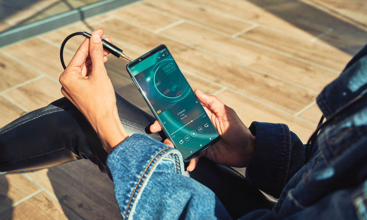 Sony Xperia 5III im Test: Klinkenbuchse & Stereolautsprecher