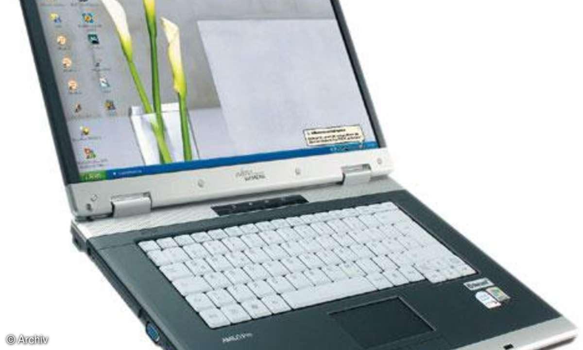 Fujitsu Siemens Amilo Pro V8210 V4Y