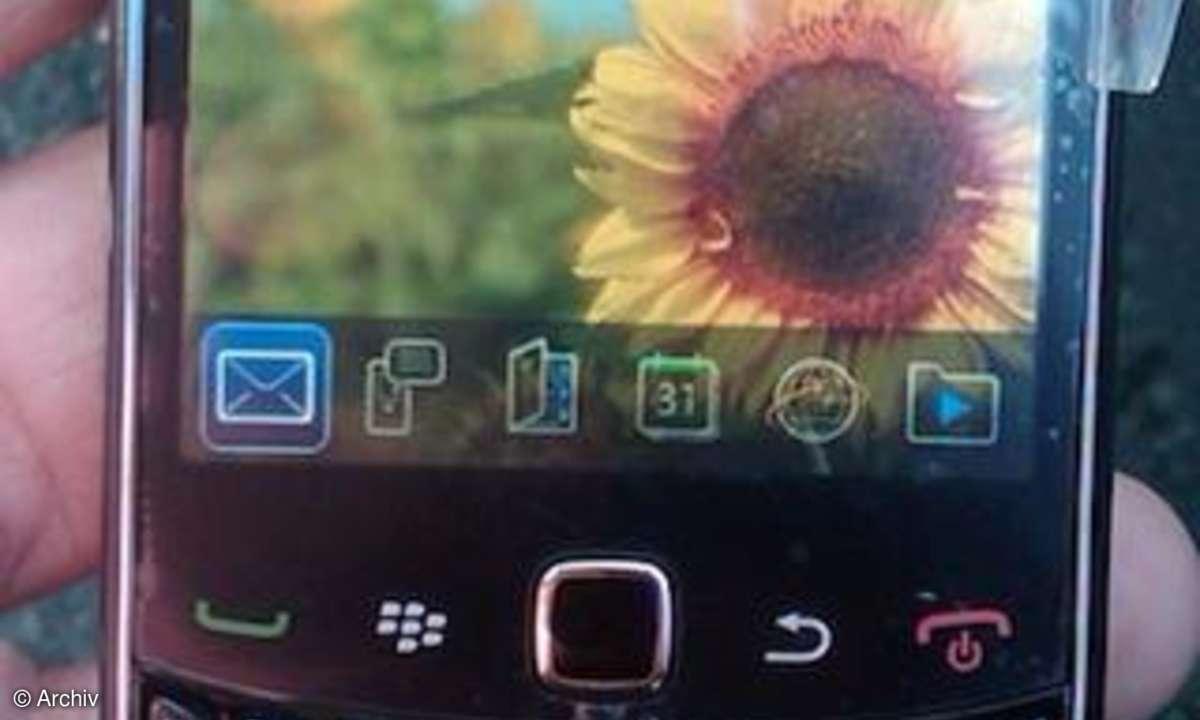 RIM BlackBerry Curve 9300