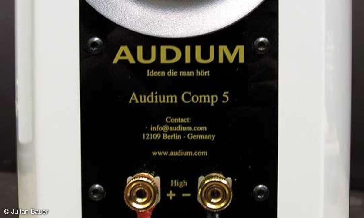 Audium Comp 5 Bassreflexöffnung