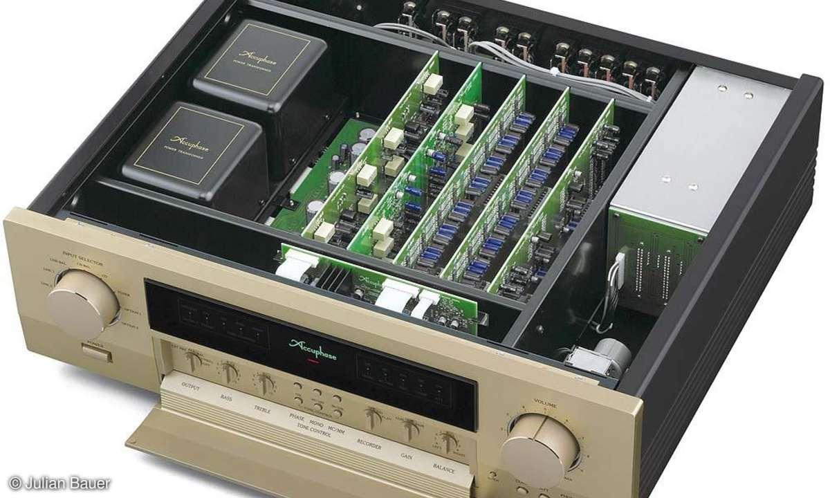 Vorverstärker Accuphase C 2110