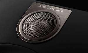 """Trickreich gelagert : Obwohl der neu entwickelte Hochtöner (hier eingebaut in einer schwarzen Box) bündig mit der Schallwand abschließt, soll der Klang ähnlich frei und räumlich ausfallen wie bei den höherwertigen B&W-Modellen mit """"Tweeter-on-Top""""..."""