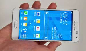 Samsung Galaxy Alpha,