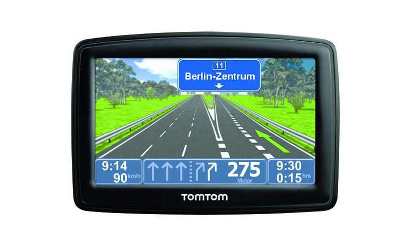how to connect tomtom xl to computer