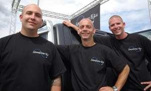Das Karlsruher Car-Akustik-Team