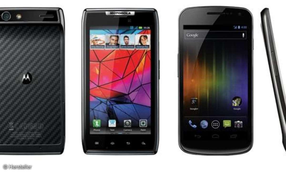 Motorola RAZR versus Samsung Galaxy Nexus