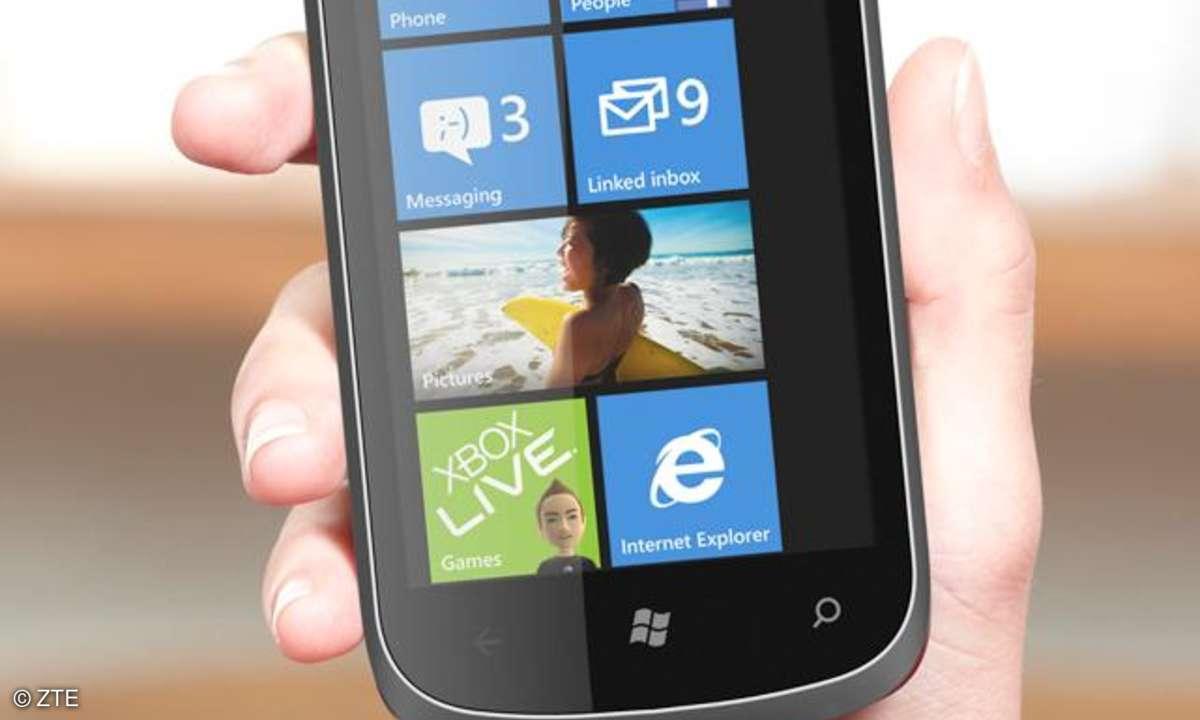 ZTE Orbit, Smartphone Windows Phone 7.5