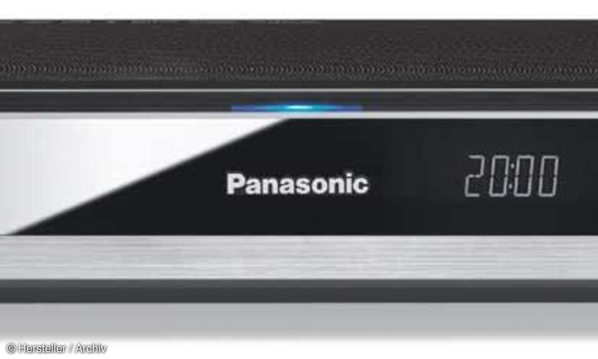 Panasonic DMR BST 820