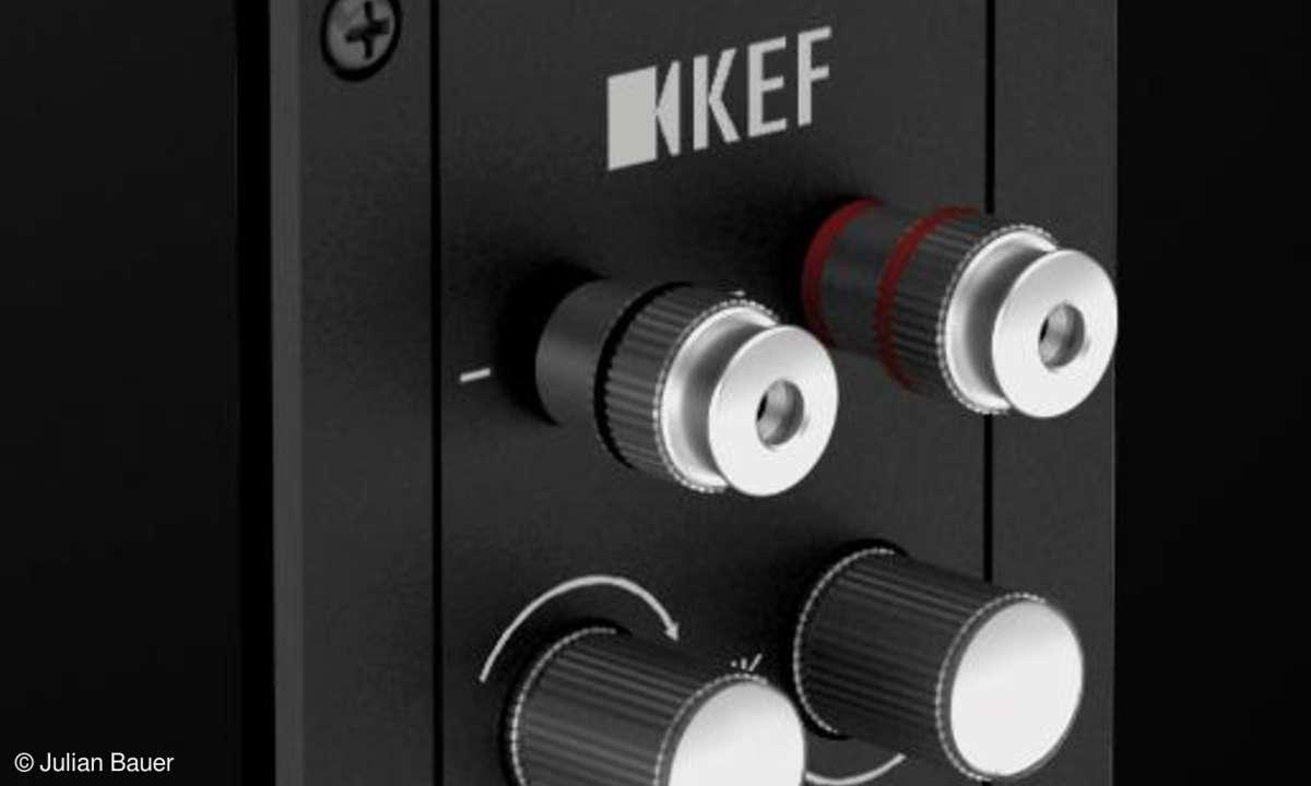 KEF R 900