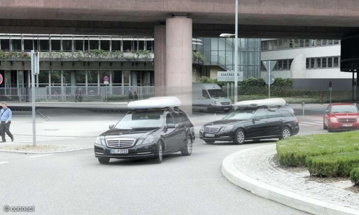 Zwei Fahrzeuge gleichzeitig im Netztest