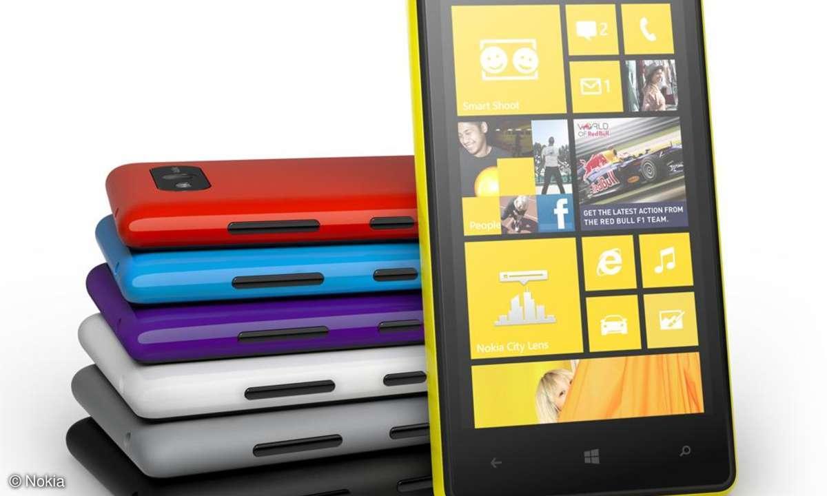 Nokia Lumia 820, Windows Phone 8