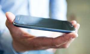 Galaxy-S3-Käufer sind zufriedener als iPhone-5-Besitzer.