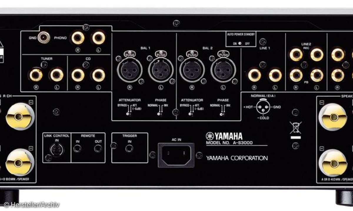 Yamaha A S 3000