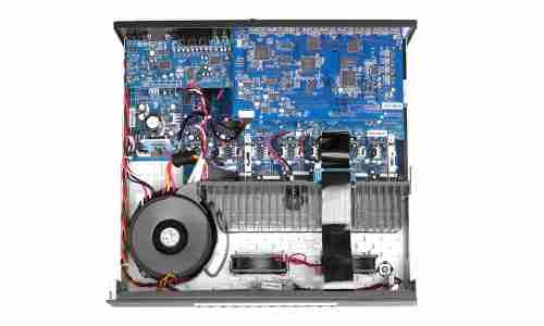 Arcam AVR 450 im Test - connect