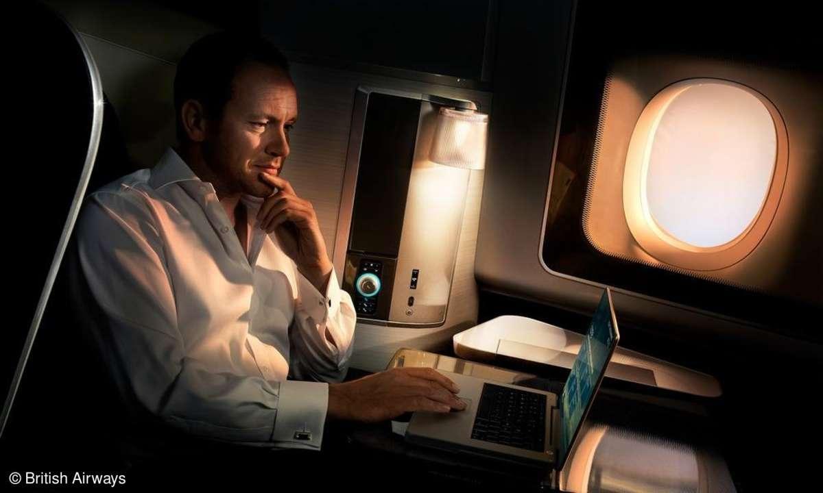 Smartphones sind im Flugzeug kein Tabuthema mehr.