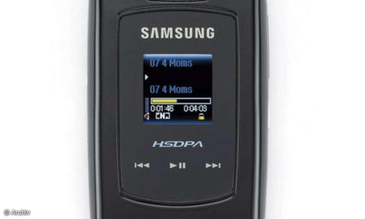 Samsung SGH-Z560V Front