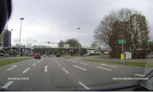 Straße aus Sicht einer Dash-Cam